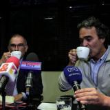 De la Calle y  Fajardo se toman el café previsto luego de la reunión que sostuvieron por tres horas.