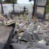"""""""Esto es una pesadilla"""": damnificados de incendio en Siete de Abril"""