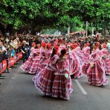 """""""A quién se le canta aquí, a quién se le dan las gracias"""", las piloneras ponen a bailar a Valledupar"""