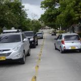 Vehículos particulares transitan por el norte de la ciudad.
