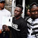 Mamoudou Gassama, 22 años, firmó un contrato de 10 meses para llevar a cabo un servicio cívico en la Brigada de Bomberos de París.