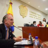 El gobernador Eduardo Verano en la Comisión Primera de la Cámara de Representantes.