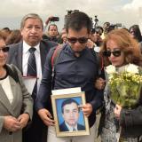 Llegan a Ecuador los cuerpos de periodistas asesinados