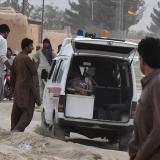Aumentan a 128 los muertos en atentado suicida en Pakistán