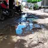 Así lucen algunas de las calles de Sucre-Sucre. El acueducto debió ser entregado en abril.