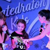 Los asistentes al evento ganaron rifas y premios por sus donaciones.