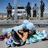Juez determinará si Gobierno de Trump no acató orden de reunir a niños migrantes con sus padres