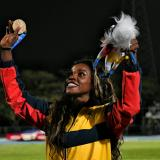 Caterine Ibargüen se luce en Barranquilla con un salto dorado