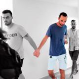 El ciudadano israelí Bonen Asaf (de azul), cuando fue capturado en Cartagena.