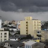 Lluvias dejan varios barrios sin luz y sin agua en el Atlántico