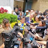 Claudia López. Antanas Mockus y Angélica Lozano, promotores de la Consulta Anticorrupción, dialogan con los periodistas en Bogotá.