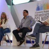 Ana María Aljure, Carlos Rosado y Carlos Acosta, durante el foro.