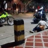 Agente de tránsito frustra fleteo en el barrio San Nicolás