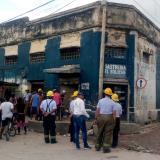 En video | Se cae plafón de edificio en El Boliche