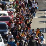 Nueva caravana de migrantes: 300 salvadoreños caminan a EEUU