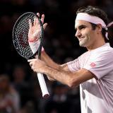 Federer cumple ante Nishikori en Masters de París