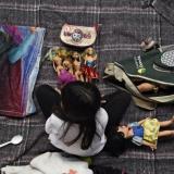 En video   Niños migrantes sobreviven al éxodo centroamericano con juguetes