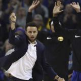 Curry se perderá cinco partidos más por lesión