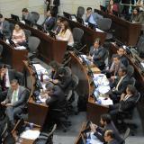 Piden retirar artículo de ley de orden público que condiciona diálogos de paz