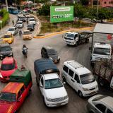 Quejas por caos vial tras cierres de intersecciones en la cra. 38