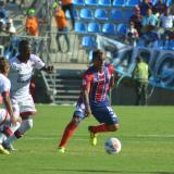 Acción del juego entre Unión y Cúcuta en Santa Marta.