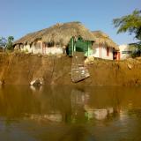 Erosión del río Sinú amenaza con arrasar un caserío en Lorica