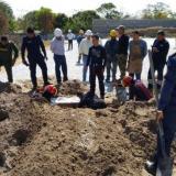 En video | Sepultados cuatro metros bajo  tierra dos trabajadores en Malambo
