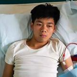 Vendió un riñón para comprarse un iPhone y un iPad y quedó postrado en una cama