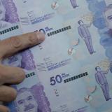 El peso colombiano ha ganado $108 frente al dólar en lo corrido del año