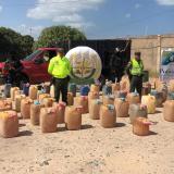 En video | Desmantelan centro de acopio de combustibles de contrabando en Riohacha