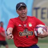 Alexis Mendoza renuncia como DT de Sporting Cristal