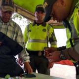 Policía realiza operativos contra medicamentos con alerta sanitaria