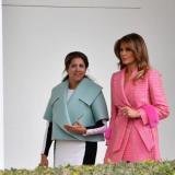 María Juliana Ruiz junto a Melania Trump en la Casa Blanca.