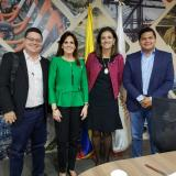 Ricardo Diazgranados, Rosa Cotes, Ángela María Orozco y Fabio Manjarrés Pinzón tras la reunión de ayer en el Ministerio de Transporte.