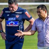 Luis F. Suárez y Héctor F. Báez, gerente de Junior.