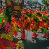El Gusano Grande serpenteó por la 8 en el recorrido de este desfile llevado a cabo el año pasado en completa normalidad.