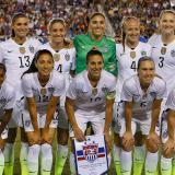 Selección femenina de EEUU demanda a Federación de fútbol por discriminación