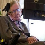 """""""Madame Dowdy era objeto de varias acusaciones de faltas profesionales, en relación con las atenciones que daba al  profesor Stephen Hawking"""" precisó el NMC."""