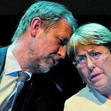 Bachelet firma acuerdo para asesorar a la guardia nacional mexicana