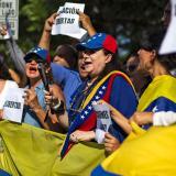 Fallecen dos adolescentes durante protestas en Venezuela; ascienden a cuatro los muertos