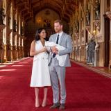 En video   El príncipe Enrique y Meghan presentan a su primer hijo en Windsor