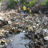Del río Manzanares sacaron 10 toneladas de basura