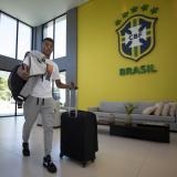 Jugadores de Brasil empiezan a llegar al centro de entrenamiento de la Copa América
