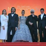 Las estrellas donan 15 millones de dólares para la lucha contra el sida en Cannes