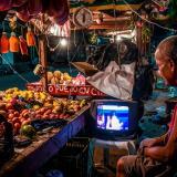 El Mercado de noche, comercio a  la luz de la luna