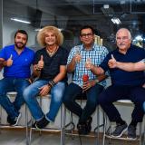 'El Pibe' junto a Javier Castell, William González, Rafael Castillo, Carlos Ortega y Rosember Anaya, panelistas del programa 'En La Jugada'.