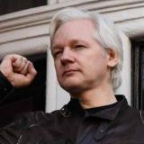 Reino Unido firma orden de extradición de Assange a Estados Unidos