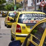 Tres agremiaciones dicen que protestas afectan ingresos de taxistas