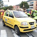 Comisión de taxistas se reúne con la Procuraduría en Bogotá