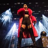 Rosalía es criticada en redes sociales por usar abrigos de piel animal